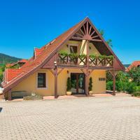 Honti Panzió, hotel v destinaci Visegrád