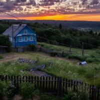 Guest House - Лес и ветер. Настоящая русская изба у реки на вершине горы.