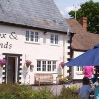 The Fox & Hounds, hotel in Faringdon