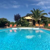 Casa con piscina, giardino privato, vicino al mare (9 Km)