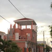 Tropical Paradise Express, Hotel in Caye Caulker