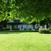 Orfea s home - maison de charme, accès direct forêt de Lyons, hotel en Le Tronquay
