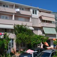 Apartments Vukadin