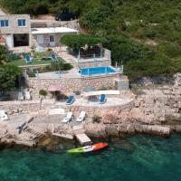 Villa sea oasis Ratac, hotel in Slano
