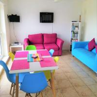 PRIVATE APARTMENT BUNDORAN BEACH - SOCIALLY DISTANT, SELF CATERING, FAMILY STAYCATION - SLEEPs 7 ADULTS & BABY