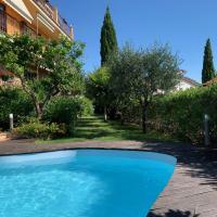 Villa Pineland, hotel in Borghetto Santo Spirito