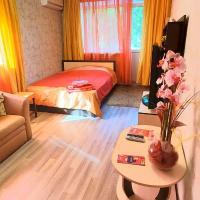 """Apartments """"Apart Pro Saratov"""" on Chapaeva 35"""