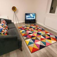 Sterling Apartment, Brentwood 3 with Netflix & Amazon Music