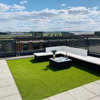 Zebra Premium Apartments@Cathedral Court with FREE WiFi, Netflix, Parking, Sky Q & Amazon