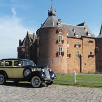B&B kasteel Ammersoyen, hotel in Ammerzoden