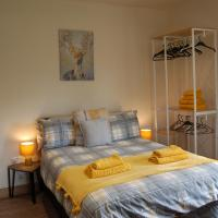 Waterfall Country Apartments, hotel in Neath