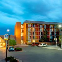 Howard Johnson by Wyndham Albuquerque Midtown, hotel in Albuquerque