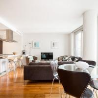 Stunning 3 Bedroom penthouse with views and balcony
