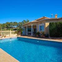 Vila-real Villa Sleeps 6 with Pool Air Con and WiFi