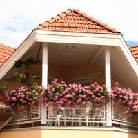 SAMADARE ház, hotel Hévíz-Balaton reptér - SOB környékén Alsópáhokon