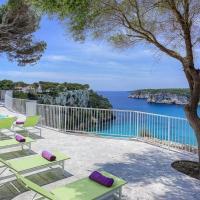 Cala Galdana Villa Sleeps 10 with Pool Air Con and WiFi