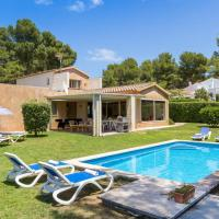Son Parc Villa Sleeps 7 with Pool Air Con and WiFi