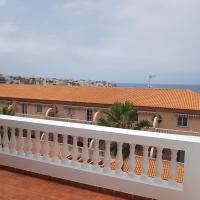 Apartamentos Las Salinas 2, hotel en Caleta de Interián