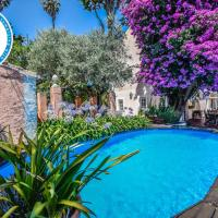Cozy Cottage, hotel in Queluz