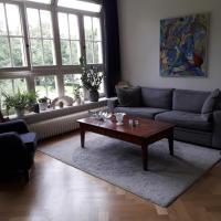 Appartement op landgoed Willibrordus, hotel in Heiloo