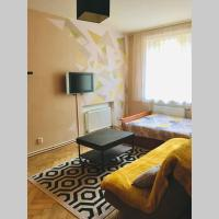 Cosy apartment 5 minutes from the airport, hotel near Lennart Meri Tallinn Airport - TLL, Tallinn