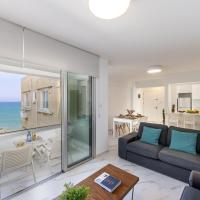 Mackenzie Leo Seafront Suite, hotel cerca de Aeropuerto internacional de Larnaca - LCA, Lárnaca