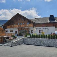 Le Vieux Chalet, hotel in Crésuz