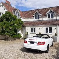 Eastfield cottages, hotel in Devizes