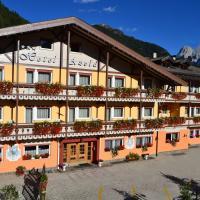 Hotel Azola, hotell i Canazei