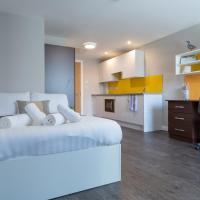 Fabricworks Studios and en-suite rooms