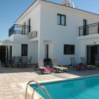 Villa in Kissonerga Sleeps 6 includes Swimming pool Air Con and WiFi 4, hotel in Kissonerga