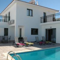 Villa in Kissonerga Sleeps 6 includes Swimming pool Air Con and WiFi 0, hotel in Kissonerga