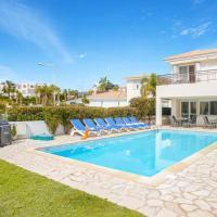Villa in Kissonerga Sleeps 9 with Pool Air Con and WiFi, hotel in Kissonerga