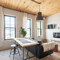 Brewery Park 204 - Sunny North End Boutique Suite