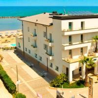 You & Me Beach Hotel, hotel in Rimini