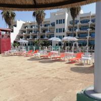 Durrah Beach Apartment, hotel em Durat Alarous