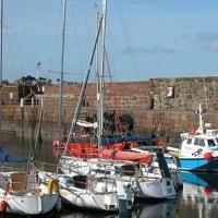 Harbour Hideaway With Free Private Parking, hotel in North Berwick