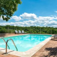 Beautiful Holiday Home in Teillots France with Swimming Pool, hôtel à Teillots