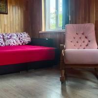 Замечательный дом! Баня, бассейн, тепло уютно,14 спальных мест в Арсеньеве., отель в городе Арсеньев