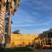 Unique Quiet Bungalow Little Bali Geelong, hotel near Avalon Airport - AVV, Geelong West