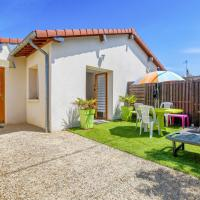 Charming 2 house with terrace near Cabourg train station Welkeys