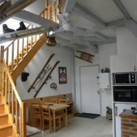 LE CENTRAL studio mezzanine