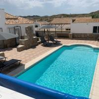 Casa Olivia villa, hotel en Arboleas