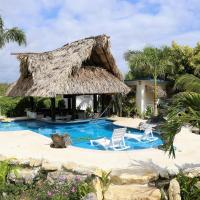 The GECKO BUNGALOW**Beautiful POOL**Free Airport Shuttle