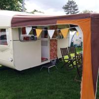 'Elsie' the 1964 Castleton Caravan