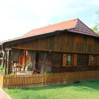Holiday Home Lina, hotel v destinaci Pleškovec