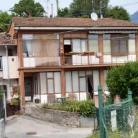 La casetta di Anna, hotel a Laveno