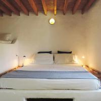 Lovely independent room in Ecovilla on the beach