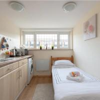Romford - Private Self-Catering
