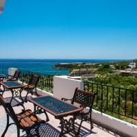 "Elena's beach garden ""by Checkin"", hotel in Ferma"